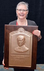 Carolyn P. McDonald Receives Hays Award from ION © The Institute of Navigation